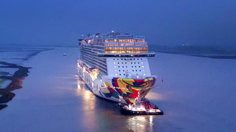 Norwegian Cruise Line odebrał najnowszy statek Norwegian Encore - GospodarkaMorska.pl
