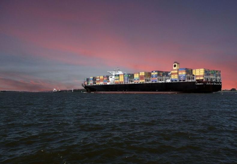 Chińscy urzędnicy liczą na umowę z USA, mimo odwołania szczytu APEC - GospodarkaMorska.pl