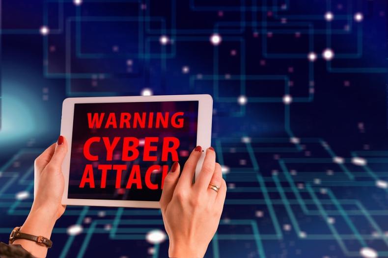 Lloyd's ostrzega przed cyberatakami na azjatyckie porty. W grę wchodzą miliardy dolarów. - GospodarkaMorska.pl