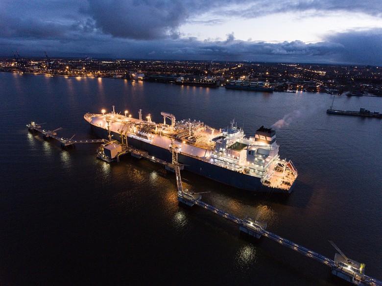 Pływający terminal LNG w Gdańsku może się starać o wsparcie z UE - GospodarkaMorska.pl