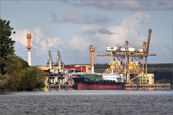 Cztery oferty przetargowe na projekt modernizacji linii kolejowej  do Portu Morskiego Police - GospodarkaMorska.pl