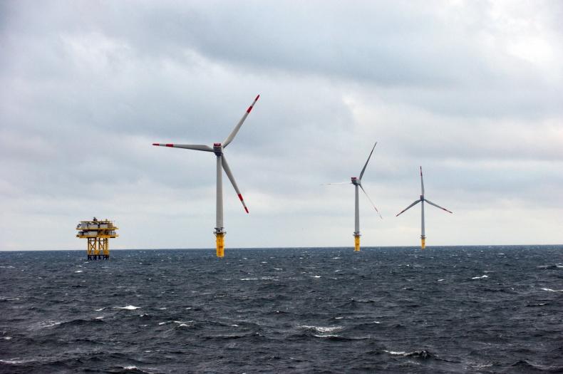 ME: koszt transformacji sektora elektroenergetycznego do 2040 r. to 140 mld euro - GospodarkaMorska.pl
