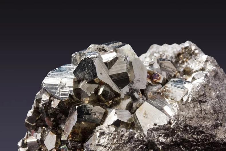 Powstał portal internetowy Komisji Europejskiej dla przedsiębiorców. Sprawdź skąd kupujesz metale i minerały. - GospodarkaMorska.pl