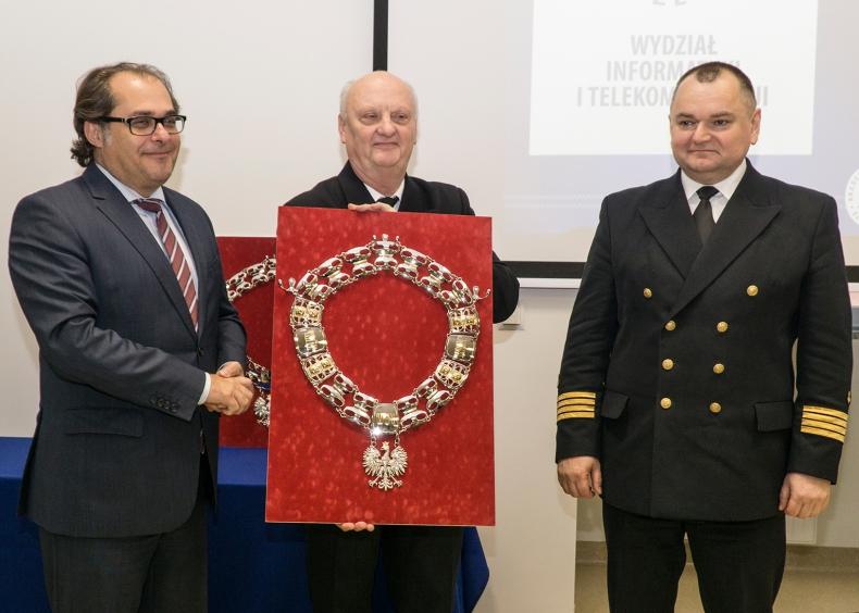 Nowa siedziba Wydziału Mechanicznego Akademii Morskiej w Szczecinie oficjalnie otwarta - GospodarkaMorska.pl