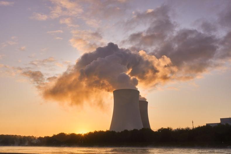 Minister klimatu: budowa elektrowni jądrowej od 2026 r., pierwszy reaktor w 2033 - GospodarkaMorska.pl