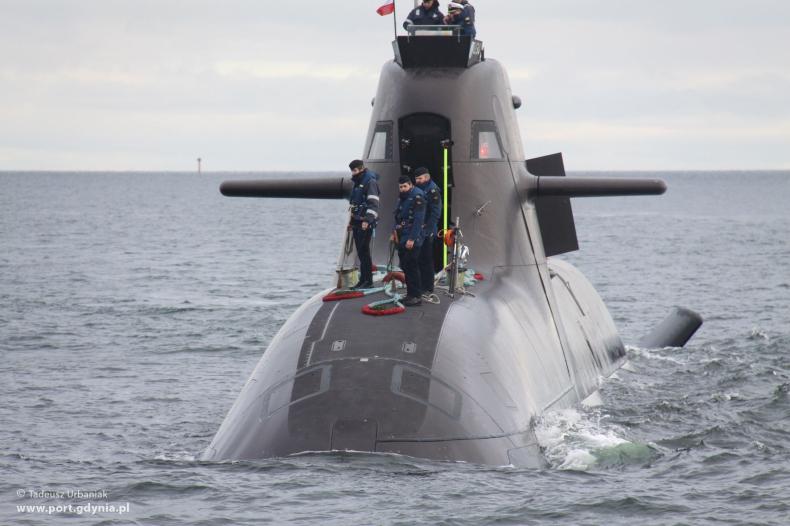 Wizyta niemieckiego okrętu podwodnego U 34 w Gdyni - GospodarkaMorska.pl
