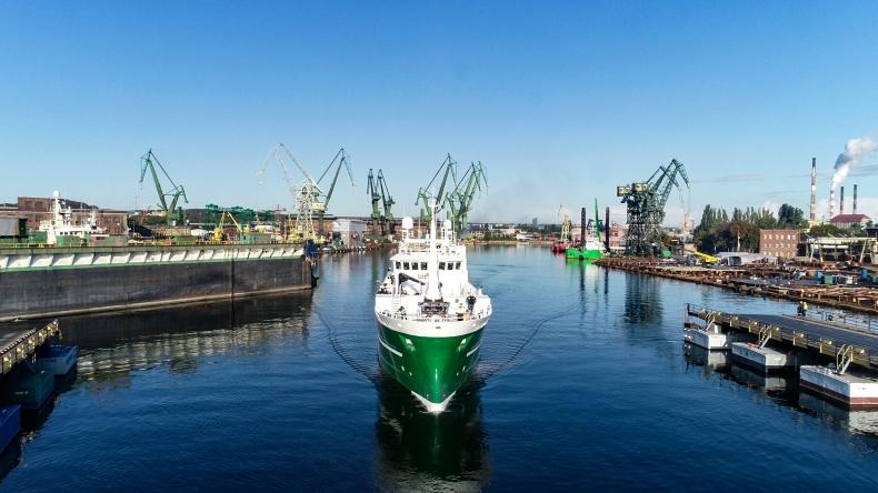 Longliner Páll Jónsson z gdańskiej stoczni ALKOR wypływa na próby morskie - GospodarkaMorska.pl