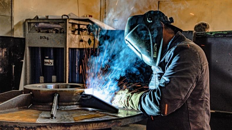 Poważne problemy na rynku pracy mogą się zacząć dopiero jesienią. W tym roku nie ma też co liczyć na wzrost płac - GospodarkaMorska.pl