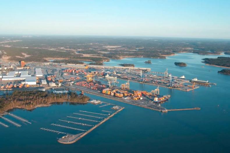 Fińskie rozwiązania dla bezpiecznych i czystych statków i portów - GospodarkaMorska.pl