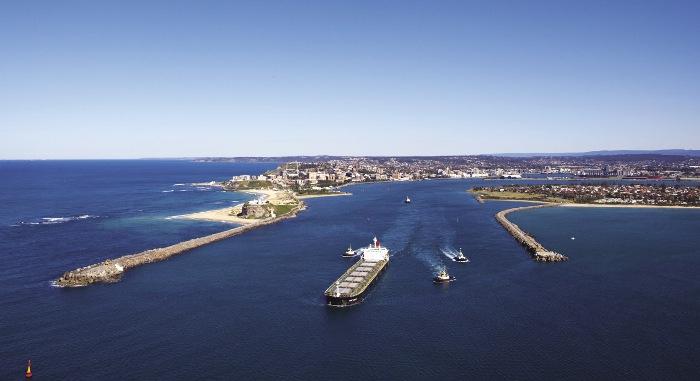 Port Newcastle przejdzie na 100-procentowe zużycie odnawialnych źródeł energii już w 2021 roku - GospodarkaMorska.pl