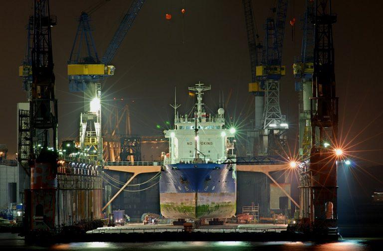 Przemysł stoczniowy w poważnym kryzysie. Ogromny spadek zamówień w 1 połowie 2020 roku - GospodarkaMorska.pl
