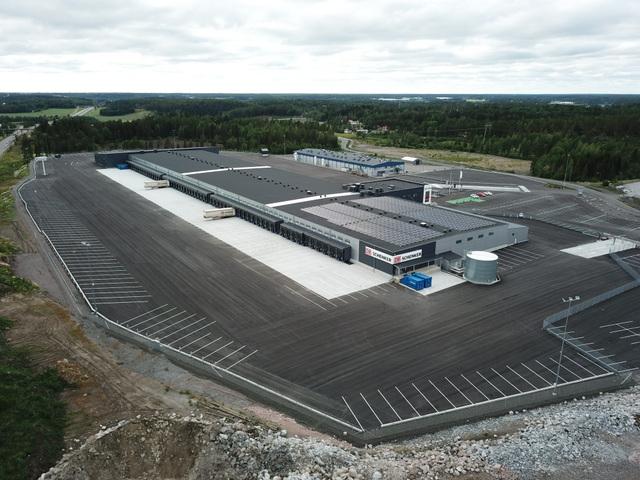 DB Schenker otwiera drugi co do wielkości terminal w Finlandii - GospodarkaMorska.pl