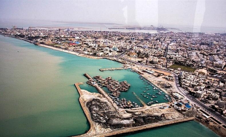 Siedem statków zapaliło się w porcie w Buszehrze na południu Iranu - GospodarkaMorska.pl