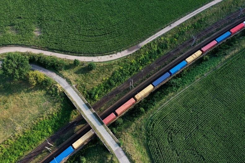 HUPAC i DB Cargo  Polska  -  razem na rzecz rozwoju kolejowego transportu intermodalnego - GospodarkaMorska.pl