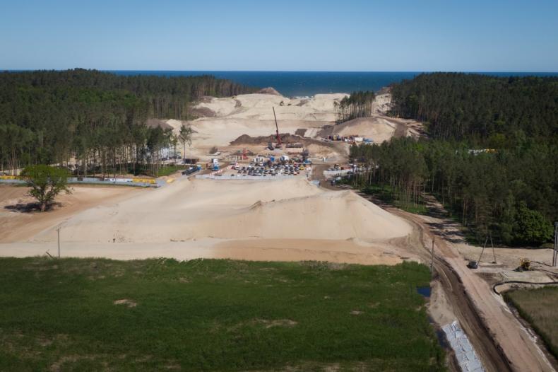 MGMiŻŚ: złoża bursztynu na obszarze przekopu Mierzei Wiślanej to około 1,4 tony - GospodarkaMorska.pl