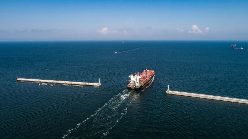 Kryzys COVID-19 przyspiesza cyfryzację transportu morskiego - GospodarkaMorska.pl