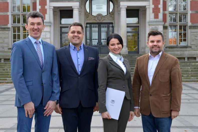 Zawarto umowę licencyjną między Politechniką Gdańską a spółką Hydromech S.A. na wynalazek z Wydziału Mechanicznego  - GospodarkaMorska.pl