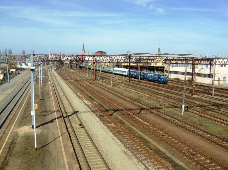 Nowe urządzenie sterowania ruchem na stacjach kolejowych Szczecin Port Centralny i Świnoujście - GospodarkaMorska.pl