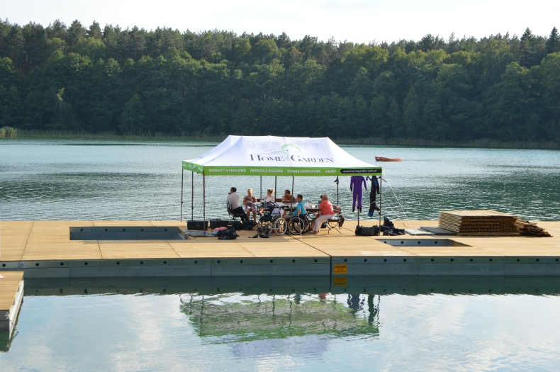 W Pile powstała platforma do nurkowania dla niepełnosprawnych - GospodarkaMorska.pl