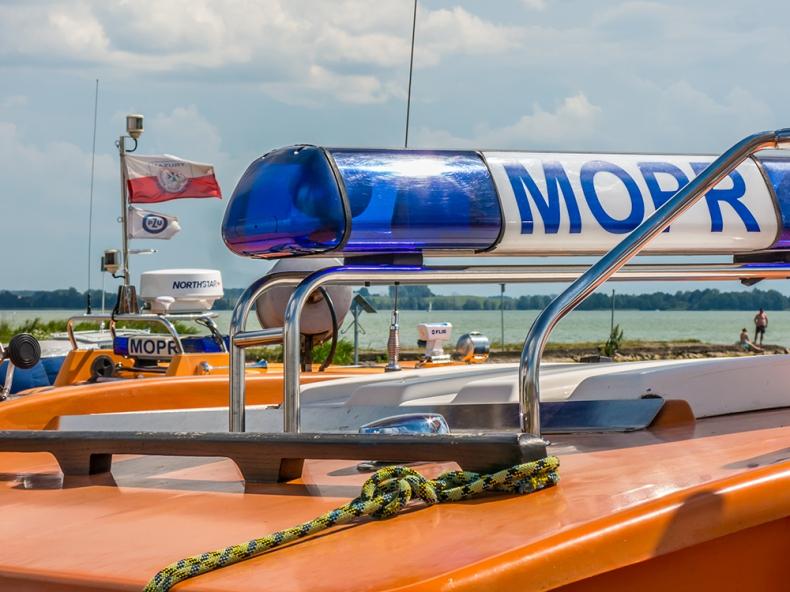 MOPR apeluje o przestrzeganie zasad bezpieczeństwa; utonął żeglarz bez kamizelki - GospodarkaMorska.pl