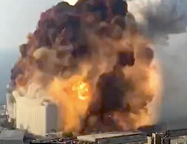 Gigantyczna eksplozja w portowej części Bejrutu. Kilkadziesiąt osób nie żyje (foto, wideo) - GospodarkaMorska.pl