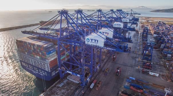 HMM sprzedał udziały w terminalu kontenerowym w Algeciras francuskiemu armatorowi - GospodarkaMorska.pl