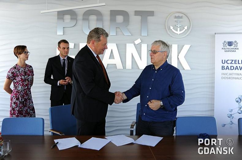 Umowa Politechniki Gdańskiej z Zarządem Morskiego Portu Gdańsk - GospodarkaMorska.pl