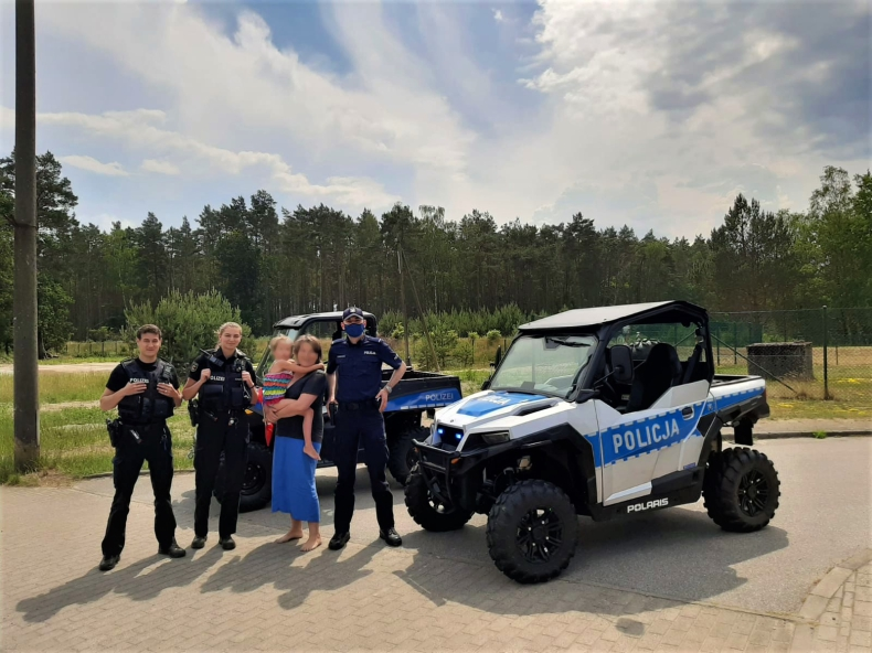 Wyjątkowy pojazd świnoujskiej policji - GospodarkaMorska.pl