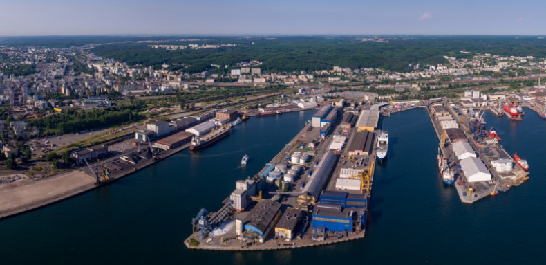 25 lat OT Port Gdynia. Zobacz, jak zmieniał się gdyński terminal (wideo) - GospodarkaMorska.pl