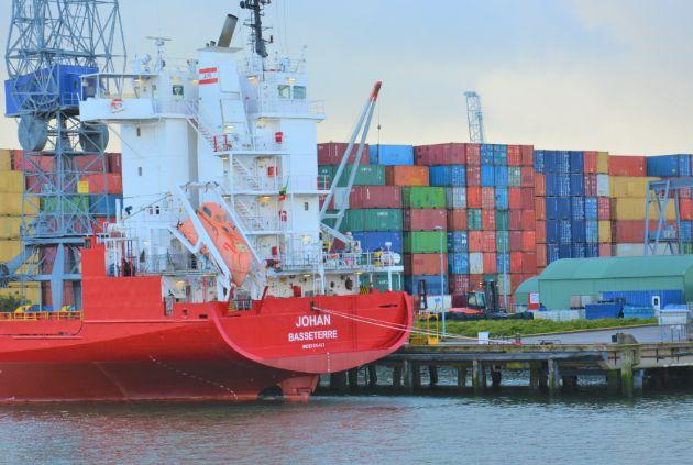COVID-19 może spowodować stratę aż 40 tysięcy miejsc pracy w globalnej żegludze - GospodarkaMorska.pl