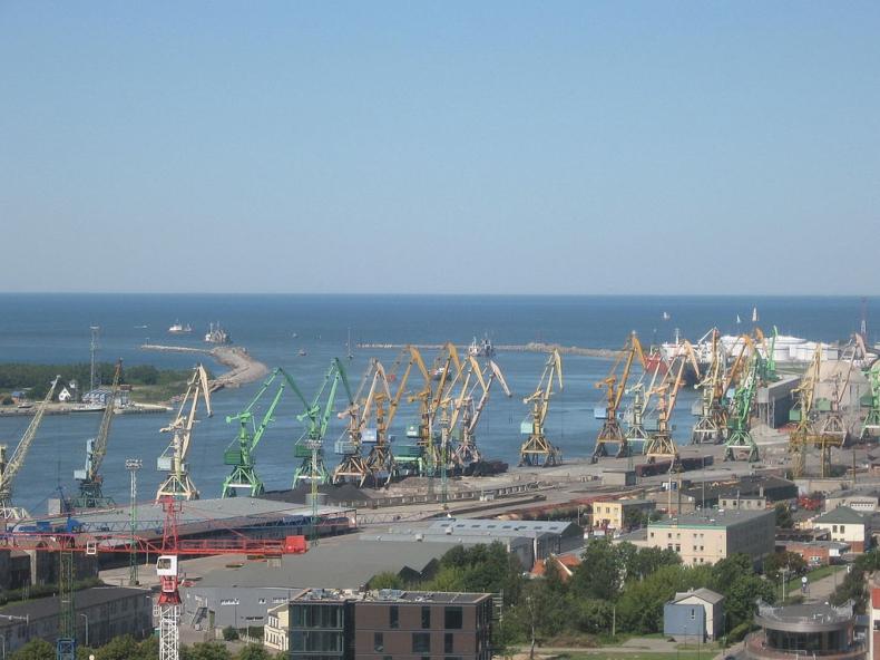 ISR: Trudne portowe półrocze - GospodarkaMorska.pl