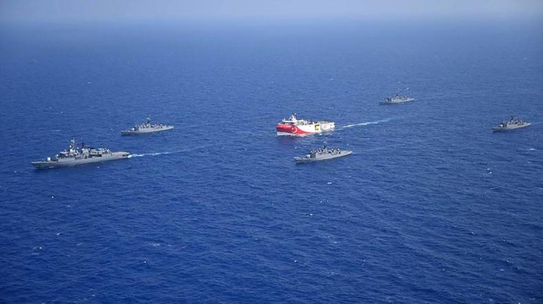 Konflikt Grecji i Turcji na Morzu Śródziemnym to zabawa z ogniem - GospodarkaMorska.pl