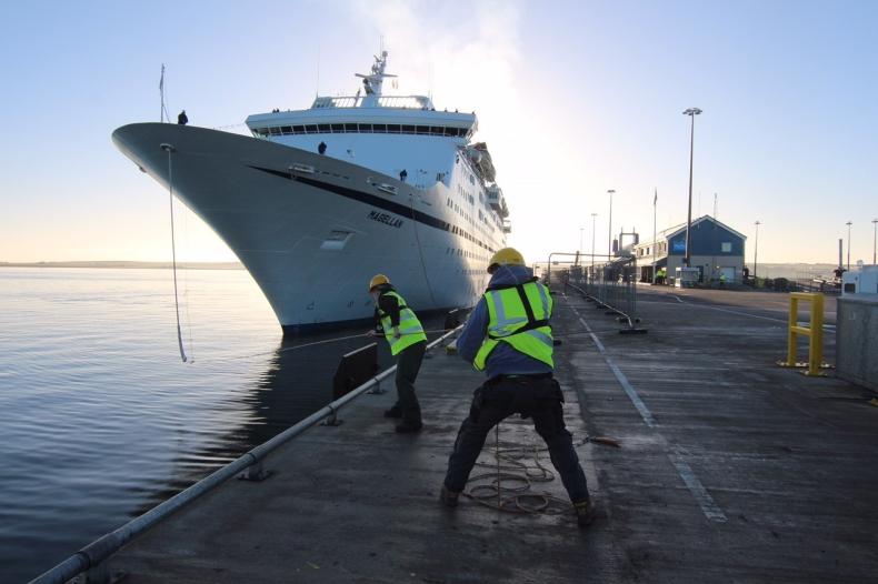 Brytyjskie porty przygotowują się na nadejście autonomicznych statków - GospodarkaMorska.pl