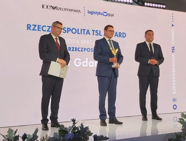 "Port Gdańsk z nagrodą ""Orła Rzeczpospolitej"" - GospodarkaMorska.pl"