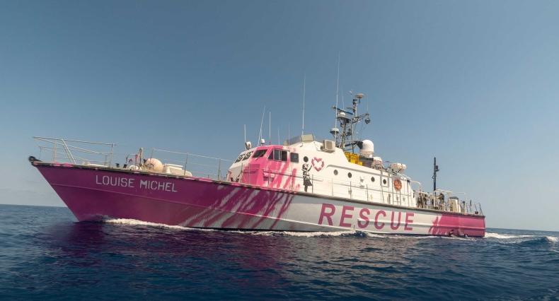 Straż Przybrzeżna pomogła statkowi ratunkowemu Banksy'ego - GospodarkaMorska.pl