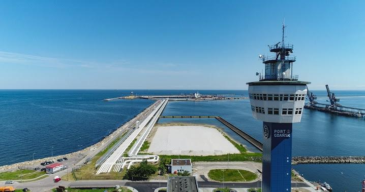 Port Gdańsk staje się hubem transportowym dla Trójmorza - GospodarkaMorska.pl