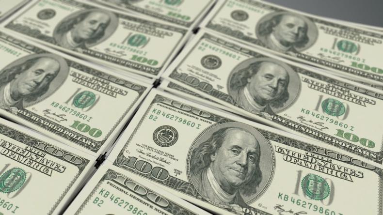 Dolar odżywa, a rynek czeka teraz na ruch ze strony EBC  - GospodarkaMorska.pl