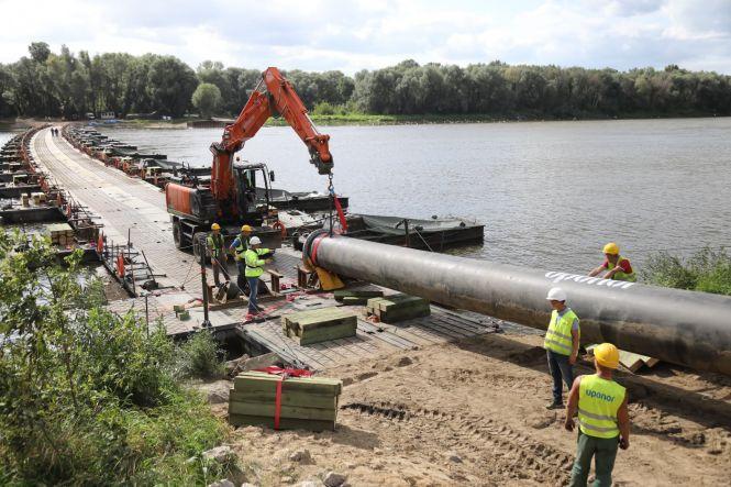 Wciąż trwają prace przy budowie rurociągu do Czajki - GospodarkaMorska.pl
