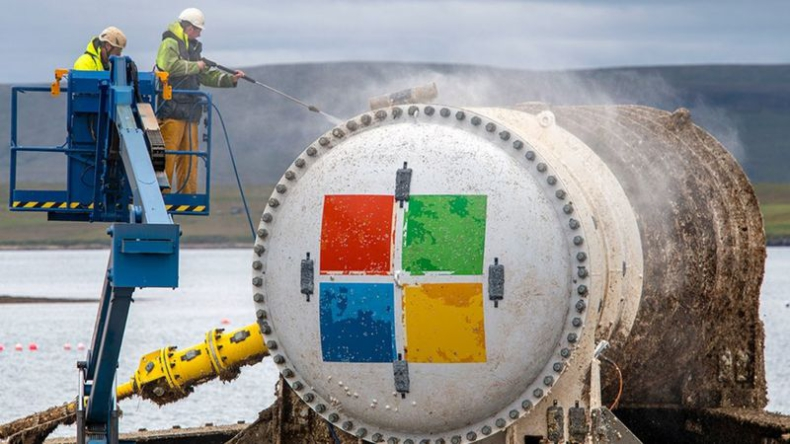 Podwodne centrum danych firmy Microsoft wyłowione po dwóch latach [wideo] - GospodarkaMorska.pl