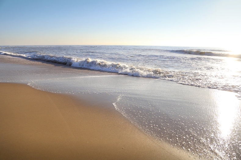 Mężczyzna zaginął po kąpieli w morzu w Gdyni - GospodarkaMorska.pl
