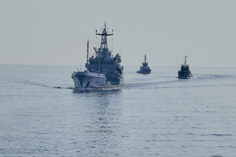 Ćwiczenie taktyczne na wodach Bałtyku - GospodarkaMorska.pl