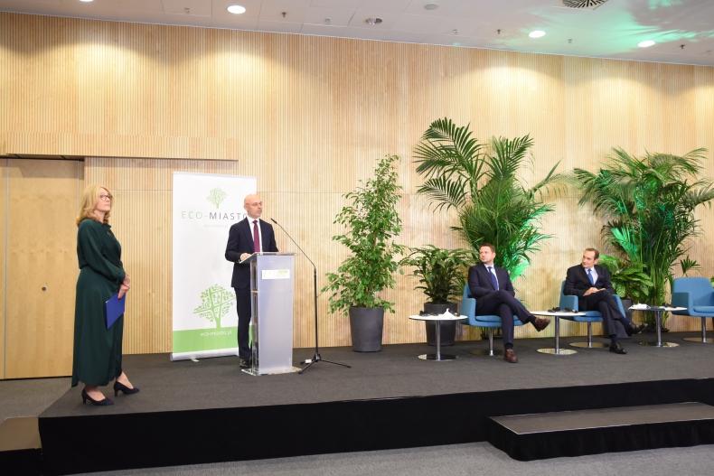 Minister klimatu Michał Kurtyka o transformacji klimatyczno-ekologicznej miast - GospodarkaMorska.pl