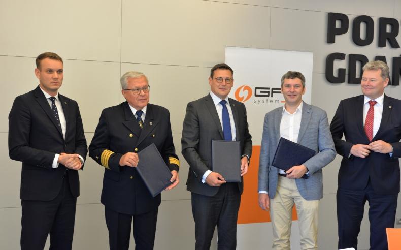 Pływający  terminal  FSRU w Zatoce Gdańskiej coraz bliżej realizacji - GospodarkaMorska.pl