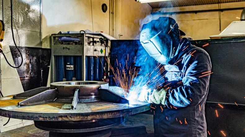 Wdrażanie Przemysłu 4.0 wyzwaniem w zakresie bezpieczeństwa kraju - GospodarkaMorska.pl