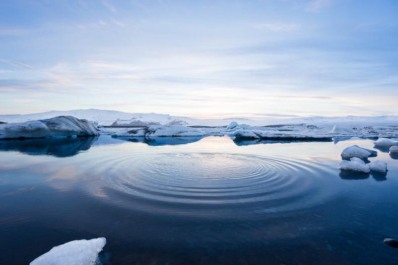 Nowe badania potwierdzają: Arktyka się topi. Tempo zmian jest nadzwyczajne - GospodarkaMorska.pl