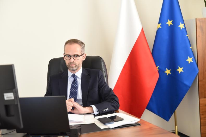 Społeczny wymiar transformacji  - GospodarkaMorska.pl