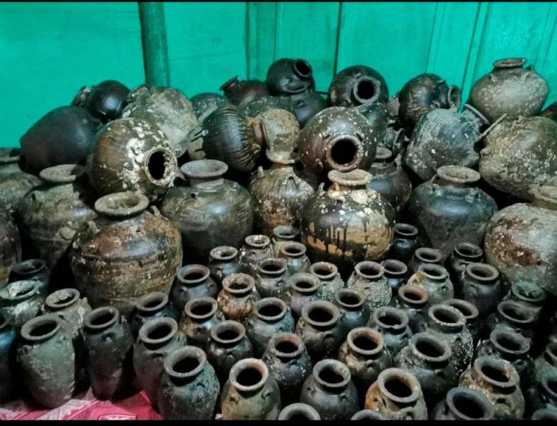 Aresztowano płetwonurka, który nielegalnie wydobył z wraku ceramikę pochodzącą z okresu od XV do XVII wieku - GospodarkaMorska.pl