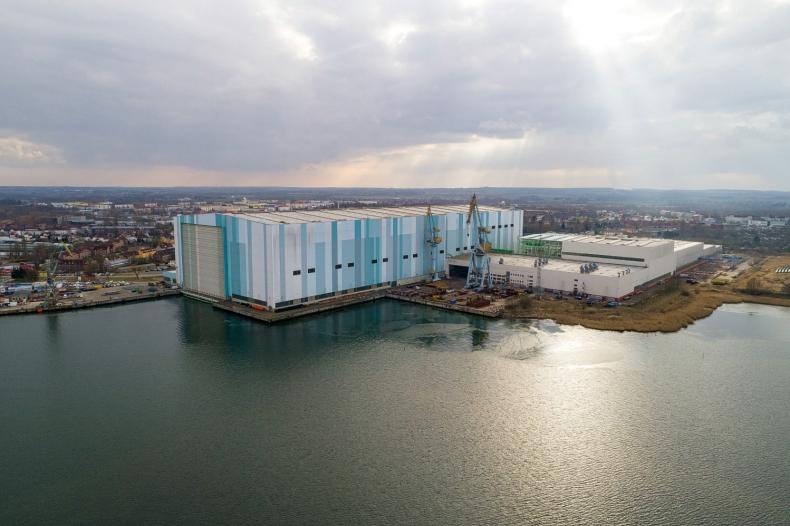 ISR: Stocznie w Wismarze, Rostocku i Stralsundzie jednak z rządowym wsparciem? - GospodarkaMorska.pl