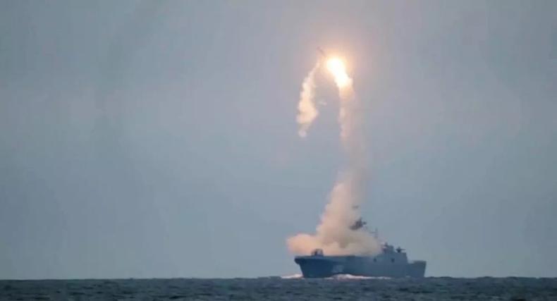 Siły zbrojne Rosji przeprowadziły próbę z hipersonicznym pociskiem Cyrkon [wideo] - GospodarkaMorska.pl