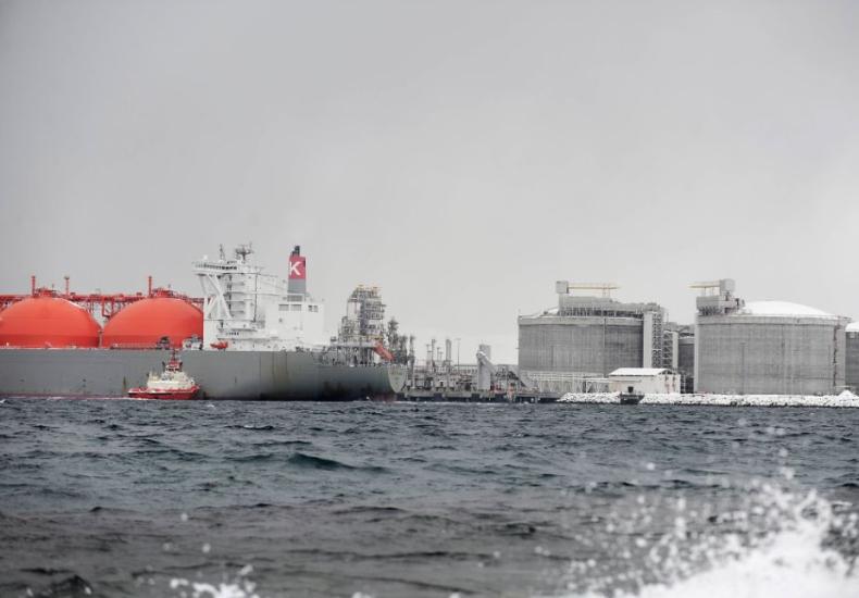 Najwięksi światowi handlowcy dążą do ograniczenia emisji w żegludze - GospodarkaMorska.pl